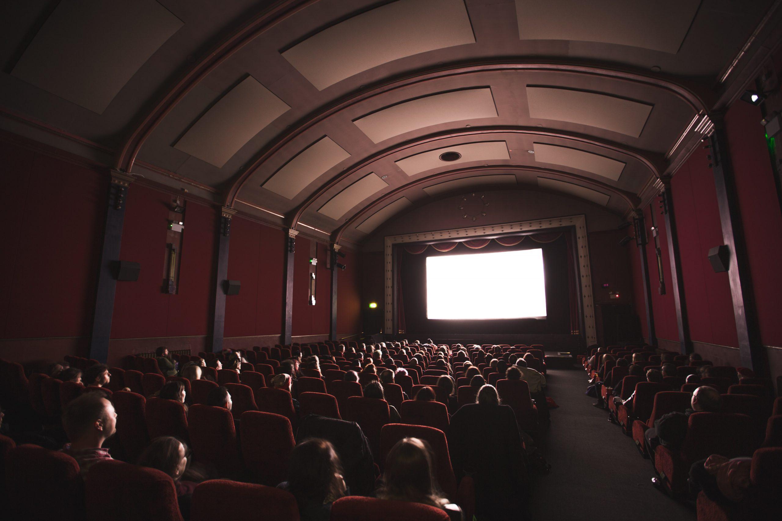تحليل بيانات الأفلام